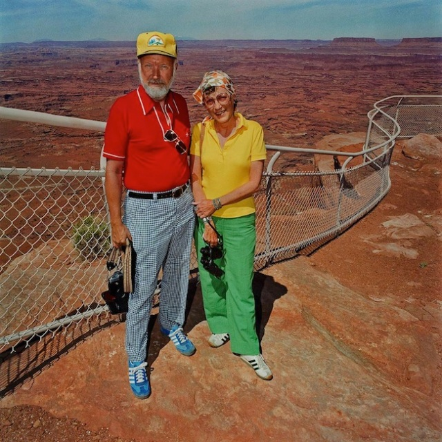 Couple-at-Canyonlands-National-Park-UT-19801