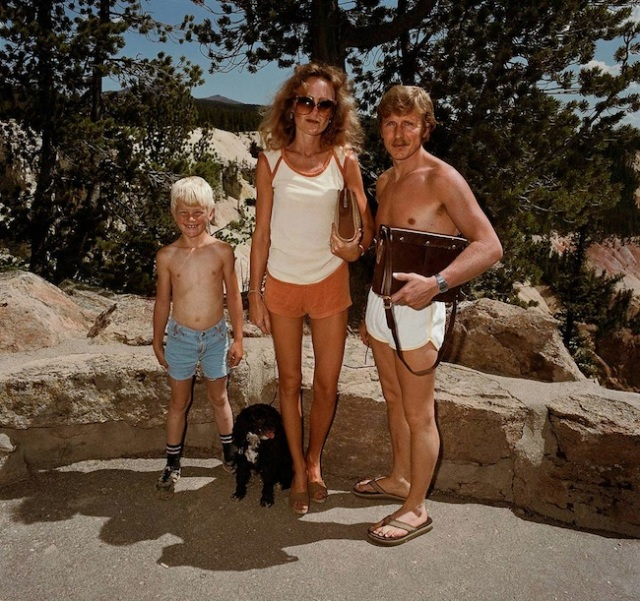 Couple-with-Boy-Dog-Yellowstone-National-Park-WY-19801