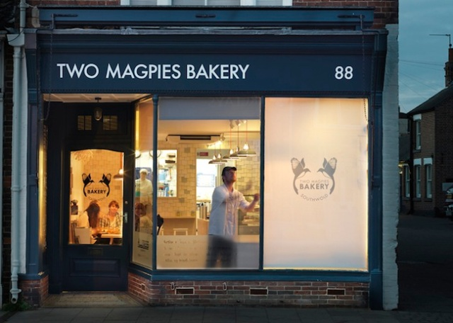 dezeen_Two-Magpies-Bakery-by-Paul-Crofts-Studio-ss-6
