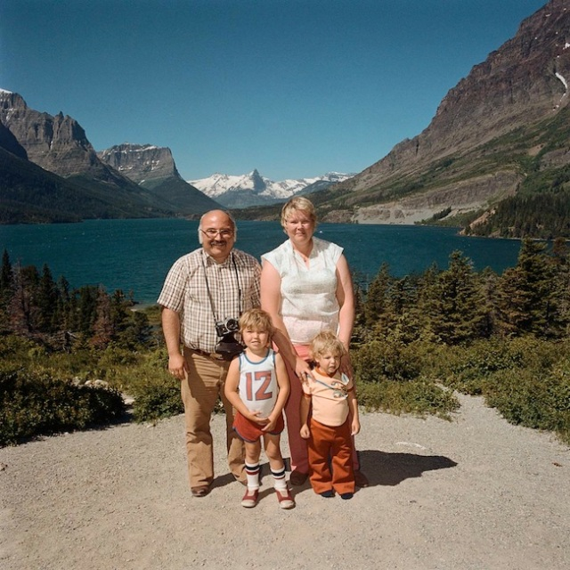 Family-at-Glacier-National-Park-MT-1981